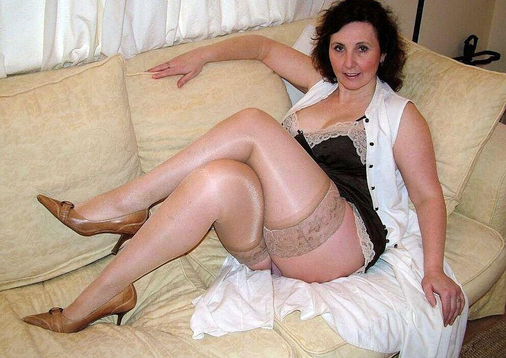 55 Seeking Sexy Woman Kinky Man 50 To Matheson