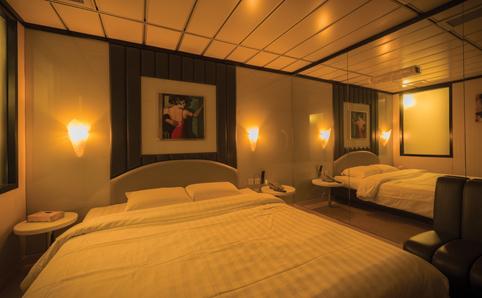 Kong Hotels Love Hong Hotel Corinne Thi