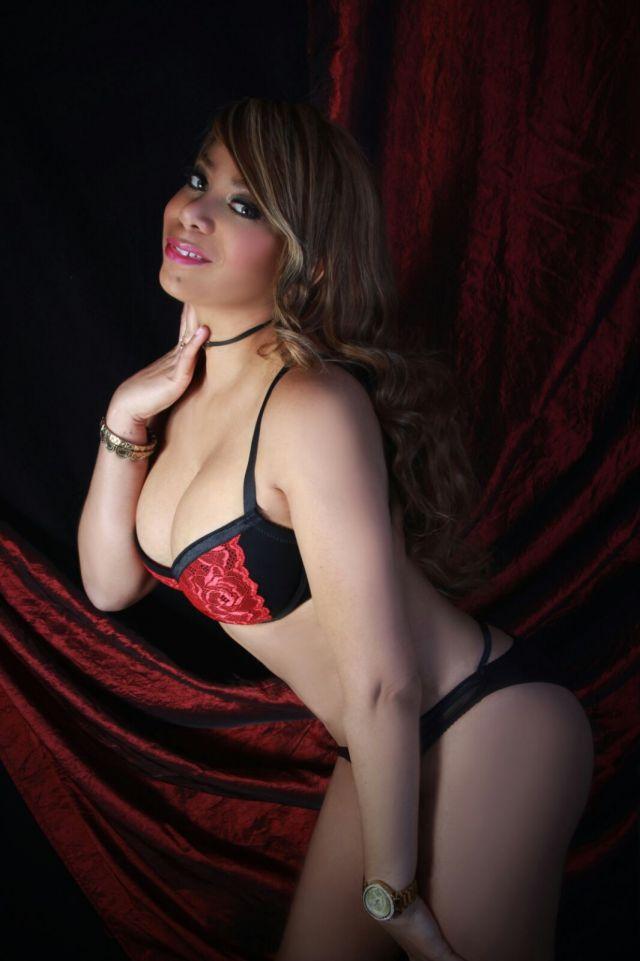In Man Spanish Singles Toronto Fetish Seeking Woman Mistura