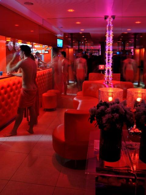 Club In France Gay Kolkata Scrolling