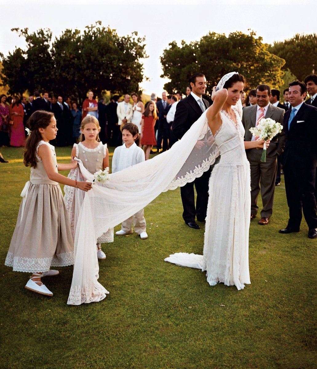 New Rules Of Wedding Guest Etiquette