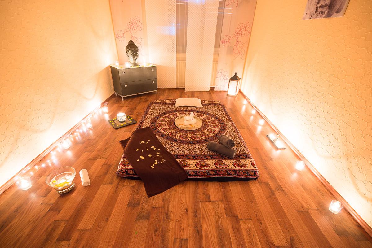 Cologne Ayantra Massage Parlors Massages