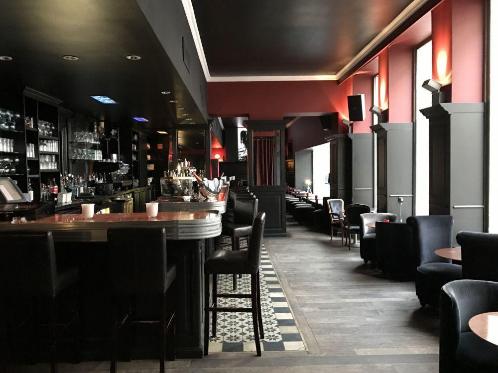 Strichplatz Bar Lounge Luxembourg Gay Zanzen Glad