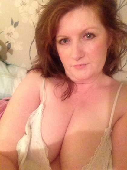 55 To 60 One-night Stand Blond Woman Looking For Sex