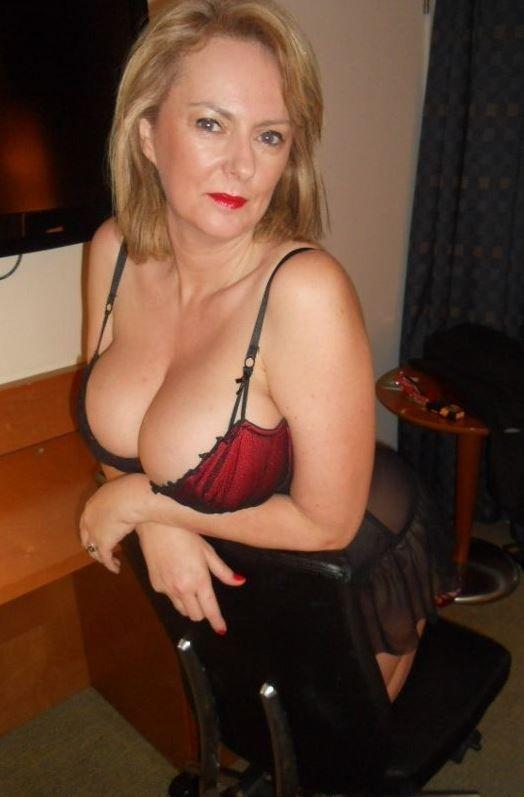 Singles Unhappy Sexy Mom Need Night Sex Syracuse Ny
