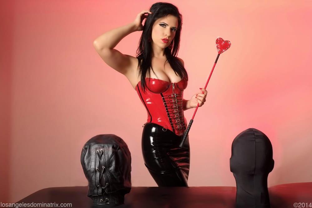 Mistress Justine Cro