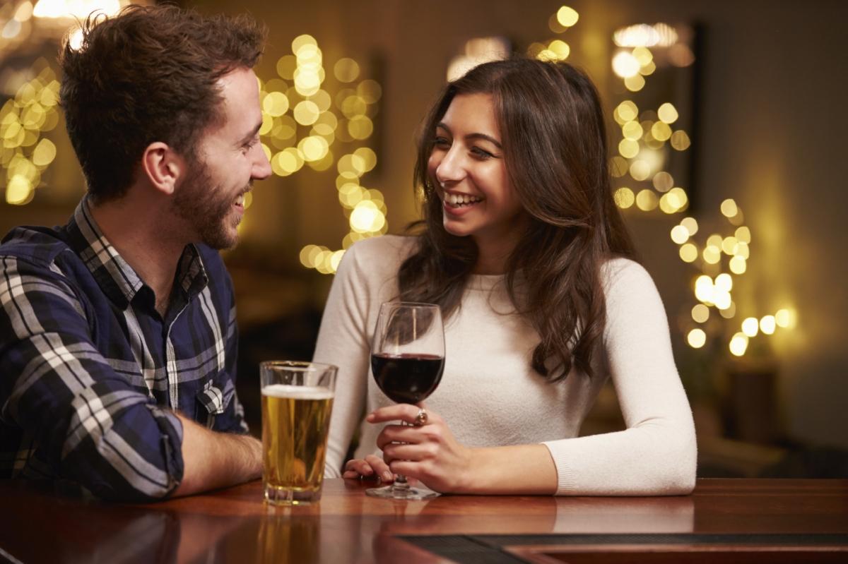 Singles For Looking Drinks Dating Men Spanish St.for