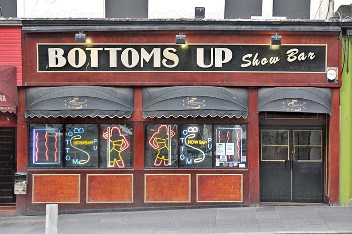 Club Edinburgh Strip Liquorice Oshawa