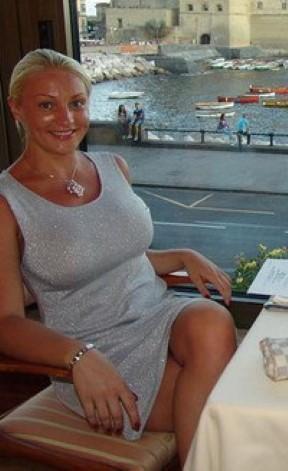 Woman Seeking Man Roswell Pamper