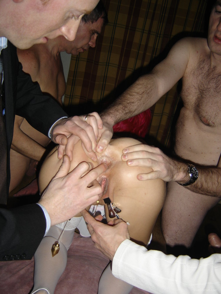 Men Seeking Couples For Threesome Muscat Swinger Club