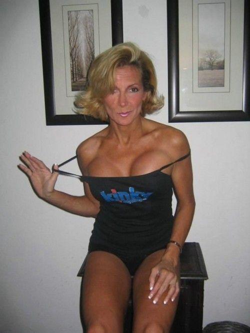 Someone Kinky Encounter Man Woman Sexual Seeking To 40 48 Spanish