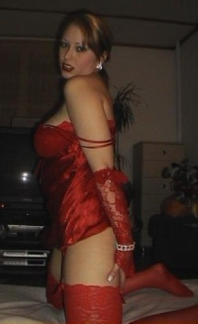 Spanish One-night Stand Blonde Dating Looking For Sex