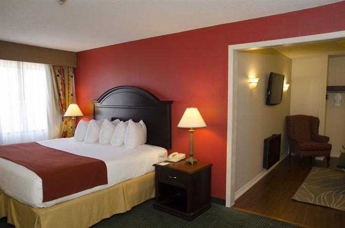 Sea Inn Escort Dixie Quality Toronto Suites 401 Kariya