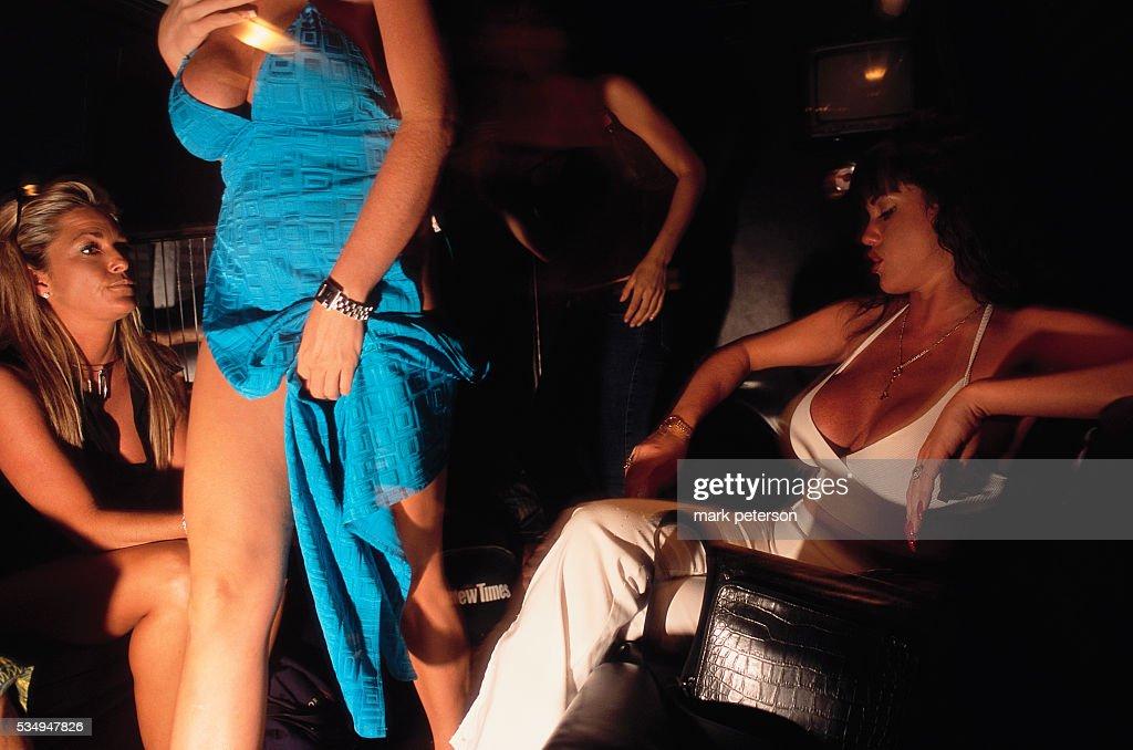 In Kolkata France Strip Club Confidant
