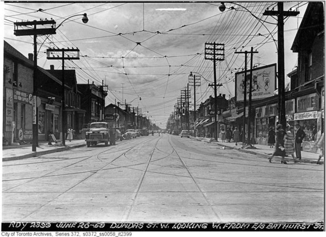 Caldeon West Toronto Of Escort Dundas Downtown City Bloor