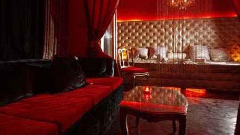 Toe Club Swinger Attraction Bucharest Sfo