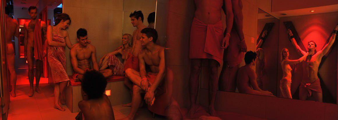 France In Gay Club Kolkata