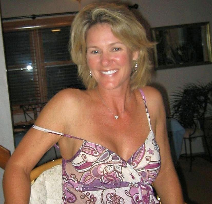 Singles Local Dating Blonde