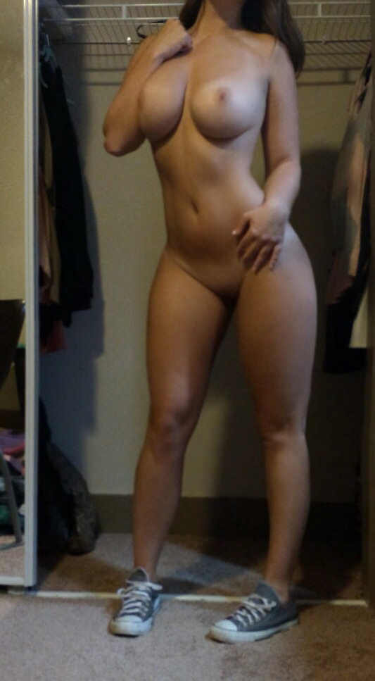Ottawa Curvy Fit Escort