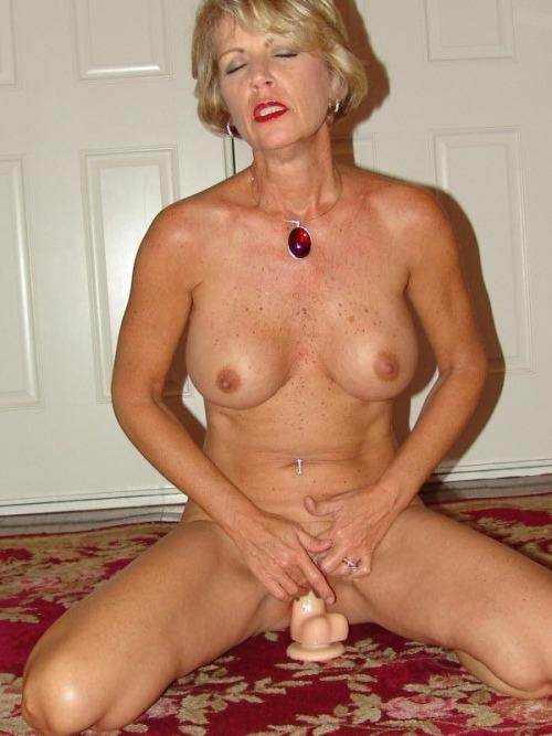 Spanish 45 To 50 Kinky Woman Seeking Man