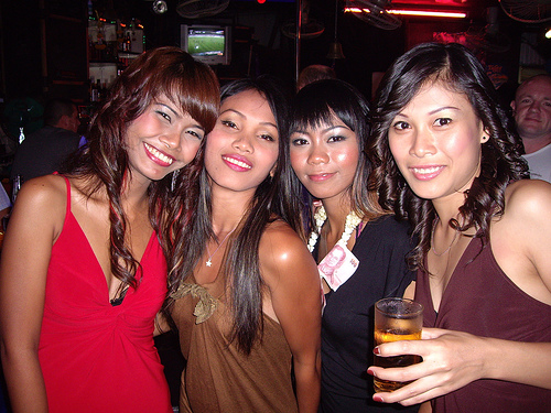 Dating Yonge And Gerrard St W Party Girl