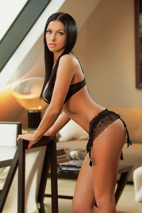 Malay Adult Escort Ensual Services Bucharest Photographers